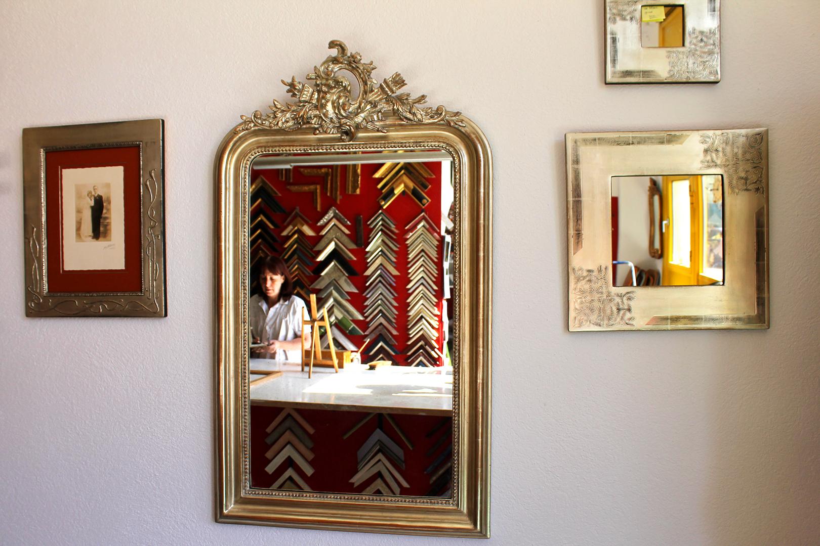 Miroirs cadres et Anouk Smetana